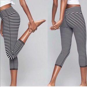ATHLETA Stripes Chaturanga Capri size XXS